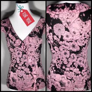Express medium black and pink floral top v neck